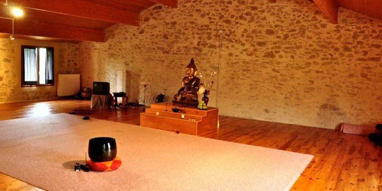 dedicated buddhist meditation space
