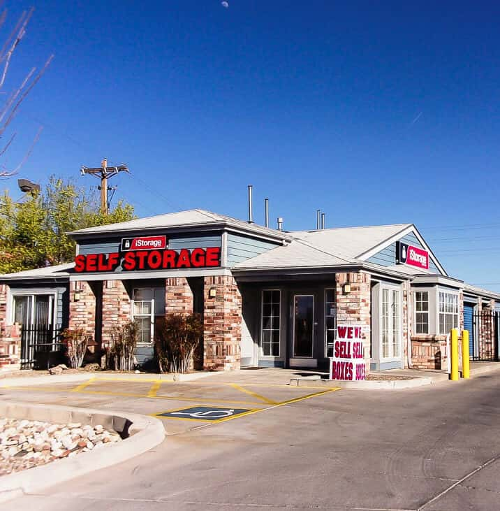 iStorage Albuquerque storefront & Rent Storage Units @ 4620 Pan American Freeway Albuquerque NM