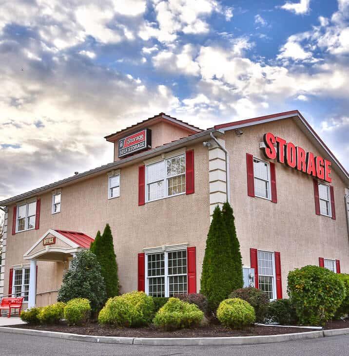 iStorage Blackwood Self Storage Facility & Rent Storage Units @ 841 North Black Horse Pike Blackwood NJ