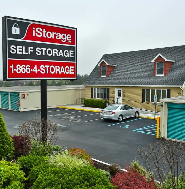 IStorage Burlington Self Storage Units