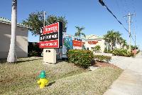 iStorage Cape Coral Main Office Building