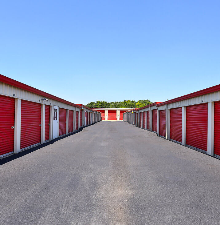 iStorage Laceys Spring Drive Up Self Storage