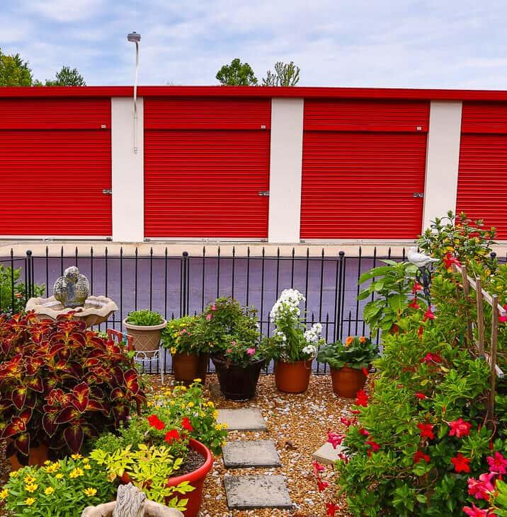 iStorage Madison Jetplex Drive Up Self Storage & Rent Storage Units @ 114 Westchester Dr Madison AL