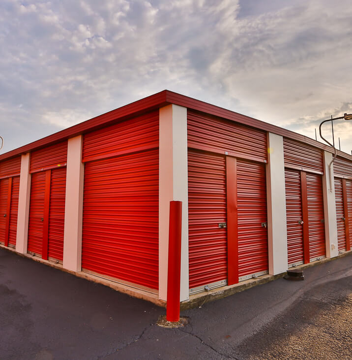iStorage Spring Drive Up Self Storage