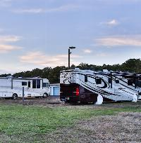 iStorage Smithville RV and Boat Parking
