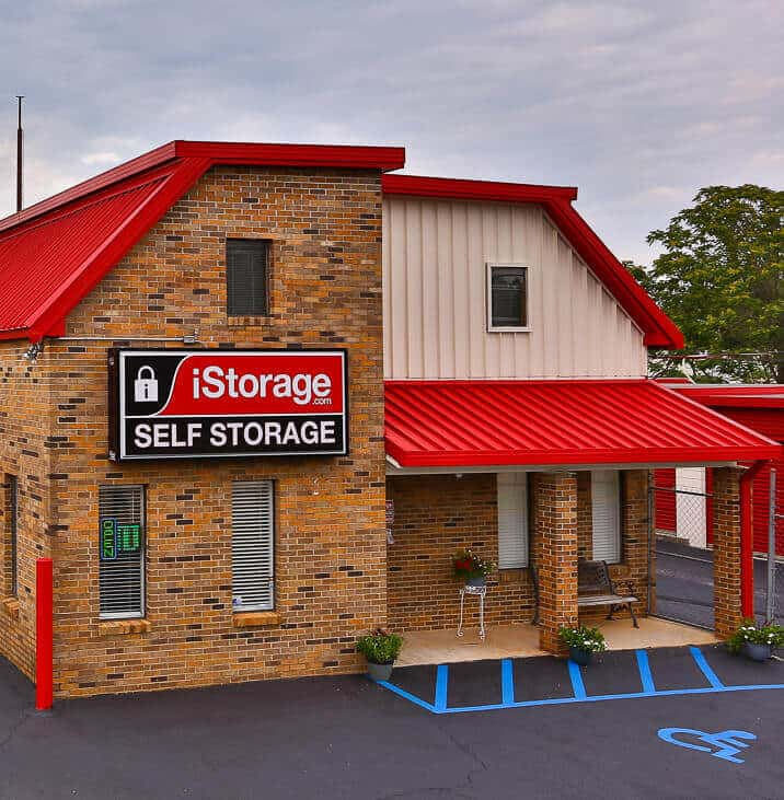 iStorage Madison Madison Castle Dr Main Office Building