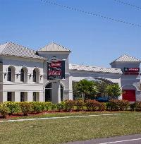 iStorage Fort Myers Main Office Building