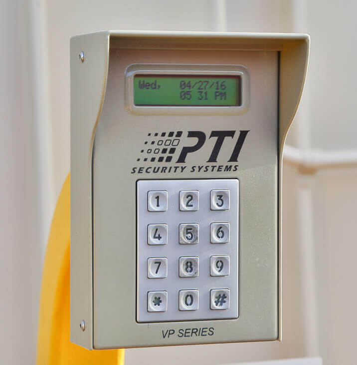 iStorage Deer Valley Security Gate Keypad & Rent Storage Units @ 17811 N 25th Ave Phoenix AZ