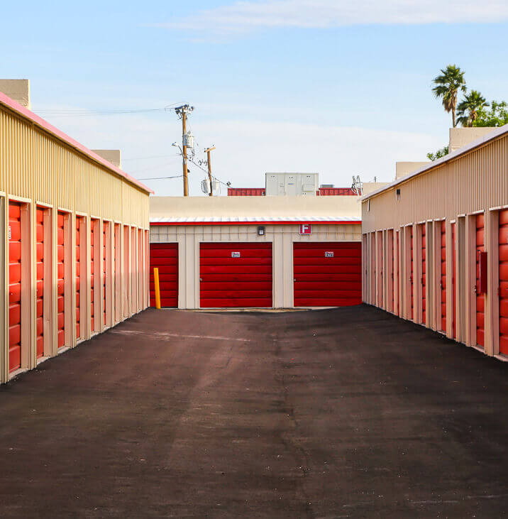 iStorage Deer Valley Self Storage Units