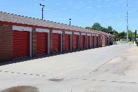 Storage Units In Wichita Ks At 550 North Tyler Rd Istorage