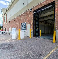 iStorage Eastpointe Loading Dock
