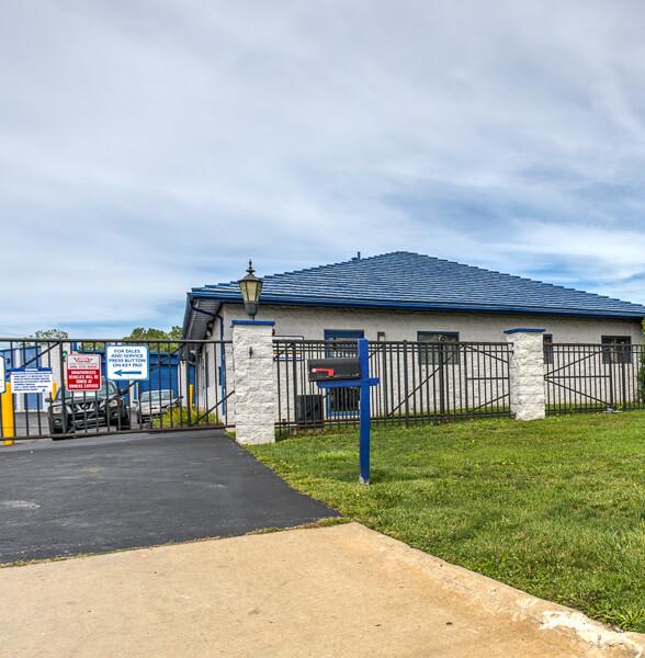 Storage Units Warren Mi Reserve Online Istorage