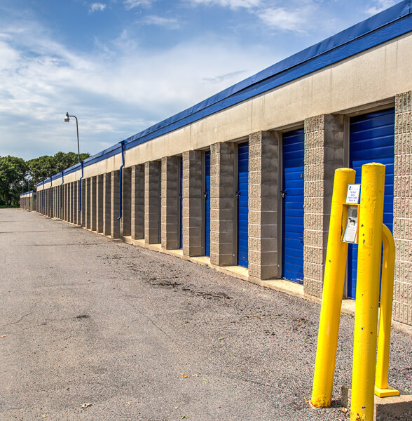 iStorage Coon Rapids Drive Up Access