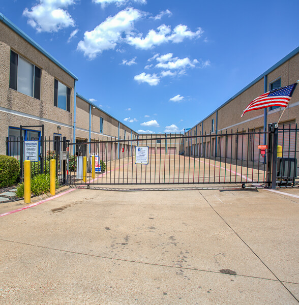 iStorage Carrollton Exterior Gated Entry