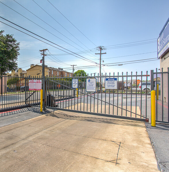 iStorage Park Cities Secure Gated Access