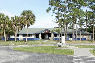 iStorage Palm City Main Office Building