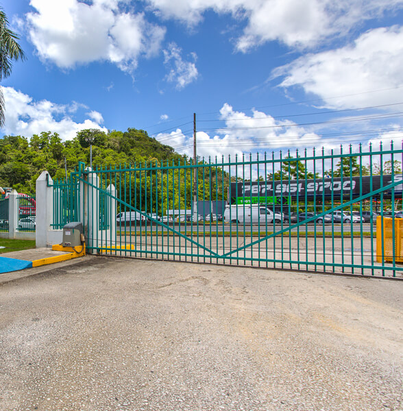 iStorage Caguas Gated Entry